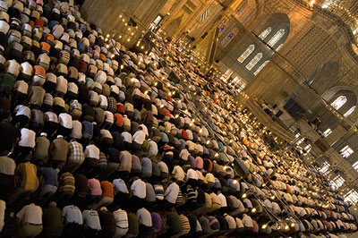 muslim-pray.jpg